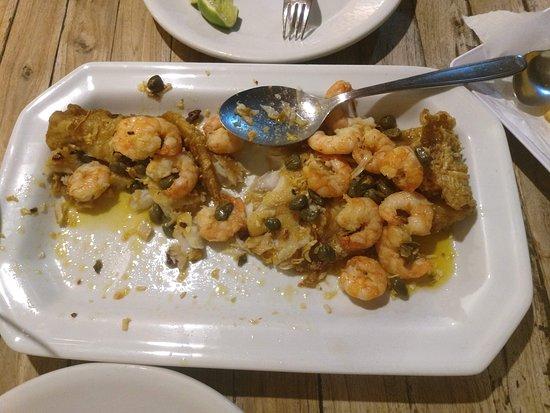 Restaurante Opará - Gaibu: Parte de prato de tilápia que comemos (esqueci de tirar foto antes)