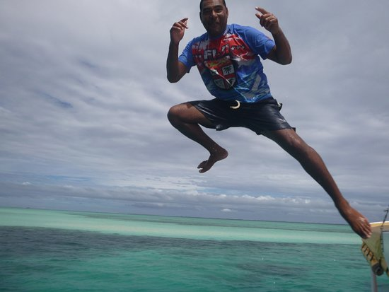 Authentic Fijian Day Cruise - Best Day You Will Have In Fiji - Guaranteed: Go! Jumping from the roof of the boat