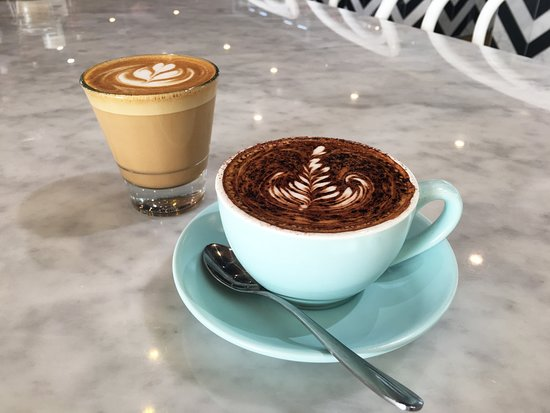 The Jolly Miller Cafe and Patisserie: Coffee