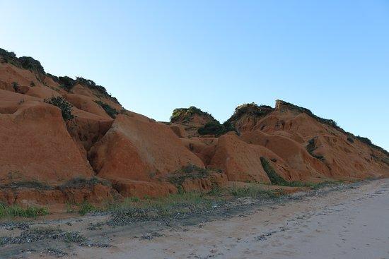 Bazaruto Incoming Agency: Красные дюны.