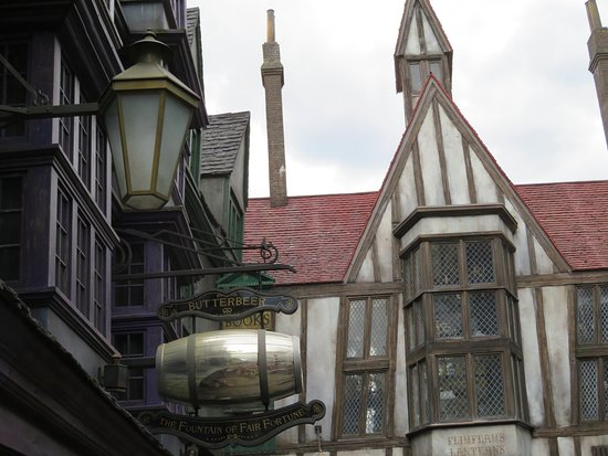 Universal Orlando Resort: Harry Potter Views
