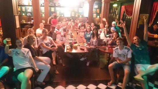 Tully's Irish Pub & Restaurant: Go Germany