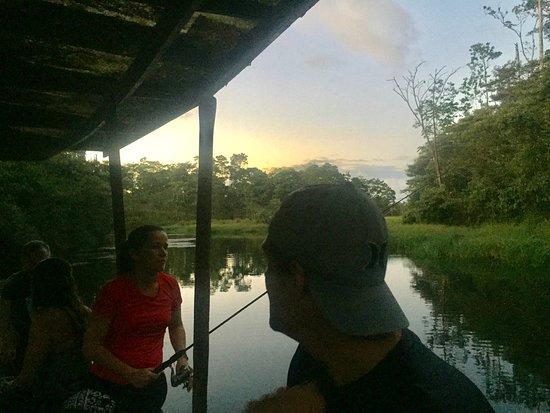 La Carolina Lodge: SUNSET IN THE LAKE BOAT
