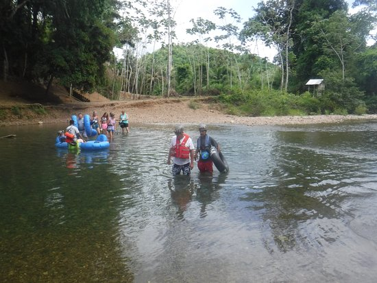 Charlie's Cave Tubing Tours: Crossing the river for cave tubing