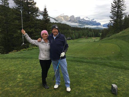 Stewart Creek Golf & Country Club: First hole