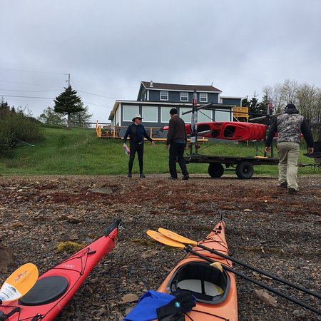 Fortune Harbour, Канада: A great visit to Gillespie House and a Kayak day with Paul Langdon from Canoe Hill Adventures