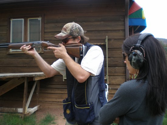 Basalt, CO: Shoot moving clay targets with private shotgun instruction