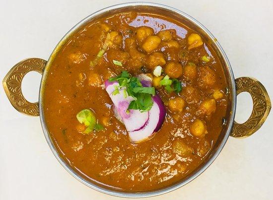 Everest Nepali Kitchen: Chana Masala