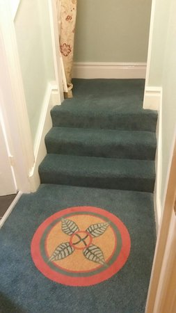 Burbo Bank Bed & Breakfast: Own stairway leading to private wing/suite, comprising; a fab twin room, (overlooking garden/tre