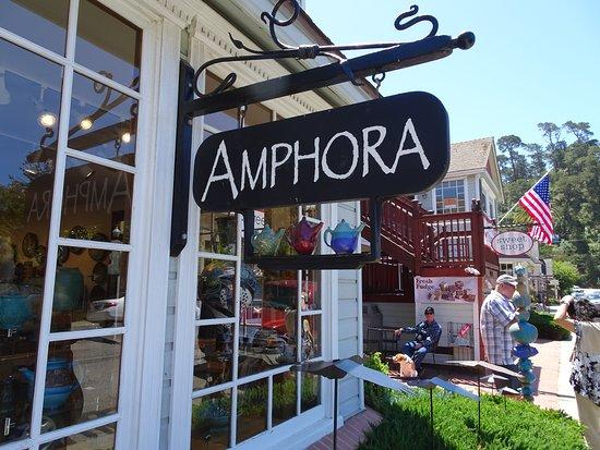 Amphora Gallery
