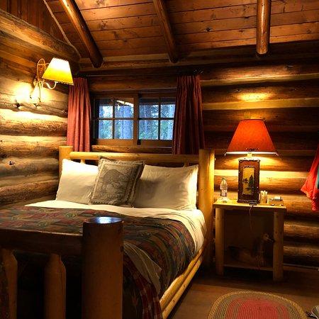 Storm Mountain Lodge & Cabins: photo0.jpg