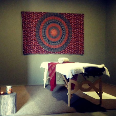 welcome to your treatment room :) almond3 - therapies for body, mind and soul