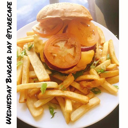 TuRe Cafe: Cheese Burger