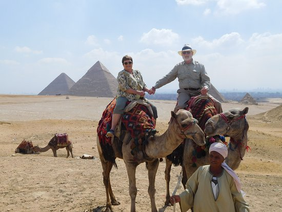 Osiris Tours: We are off to find the Pyramids