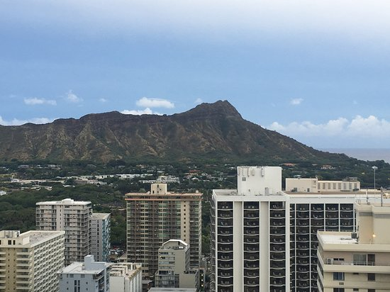 Aston Waikiki Beach Tower: Looking at Diamond Head