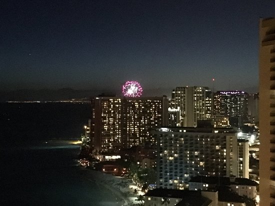 Aston Waikiki Beach Tower: Fireworks every Friday Night