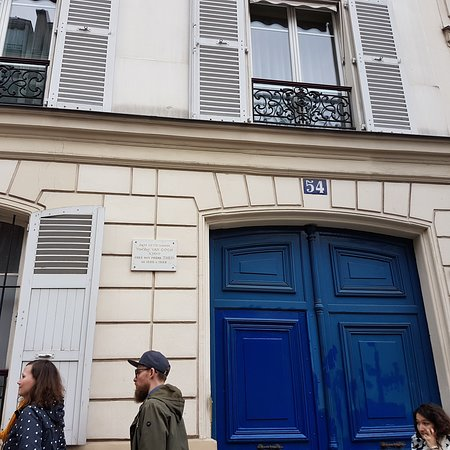 Van Gogh's House: The door with a small plaque depicting the location of his apartment