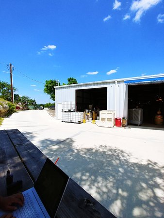 Driftwood, TX: Stinson Distilling