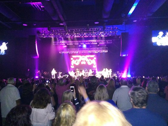 Sands Bethlehem Event Center: We were the first two seats and the aisle could not be seen.