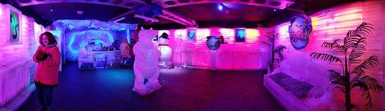 Icebar Iguazú: The entire ice room