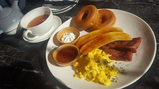 豆子:窩夫全日早餐
