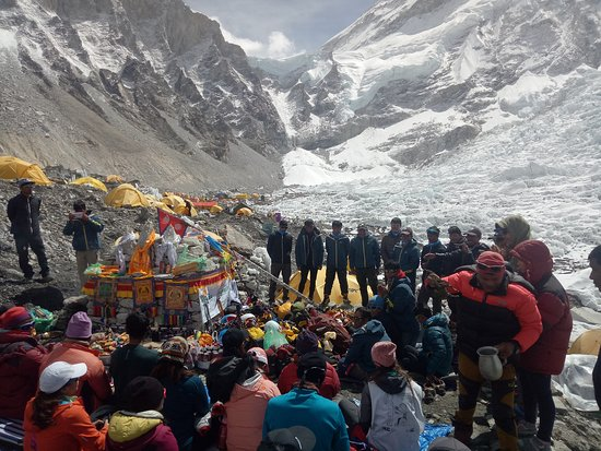 Everest Expeditions Nepal: Everest Expedition Base camp 2018 Puja