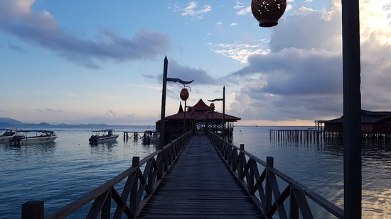 Scuba Junkie Mabul Beach Resort: 20180618_061905_large.jpg