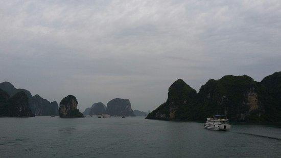 Vietnam Hidden Charm Tours: Ha Long, Vietnam
