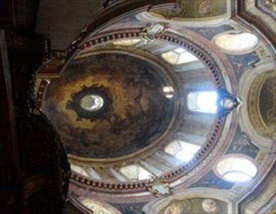 Peterskirche: ドームです。