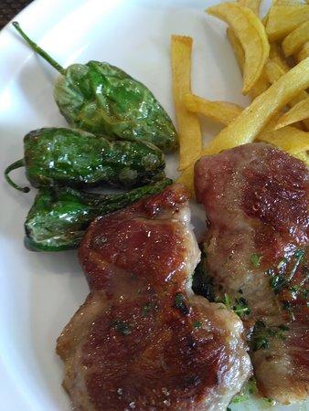 Cafeteria Restaurante Hotel Puerta Ciudad Rodrigo: Platos elaborados.Menú diario,platos combinados,carta...