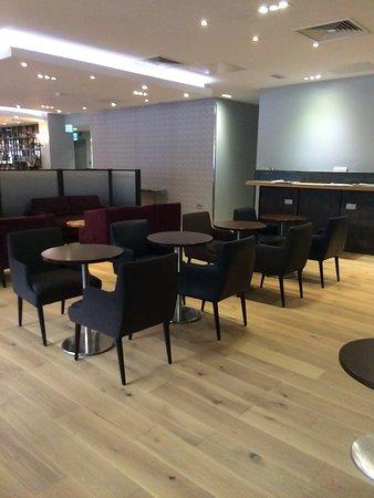 Club Aspire Lounge Gatwick: new seating
