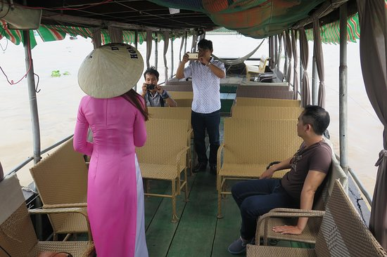 Du Lịch Sinh Thái Việt Nhật: hướng dẫn viên chuyên nghiệp tiếng anh, hàn, nhật, trung