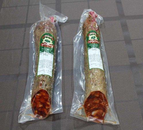 La Encina Charra: Chorizo iberico de bellota (producción propia)