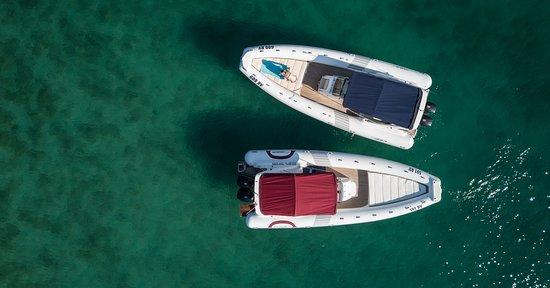 Rovinj day trips: LED Nautica GS 28 / 8,6 m LOA / 3,5 m beam / 2x Suzuki 250 HP / GPS Raymarine Dragonfly 7 / VHF