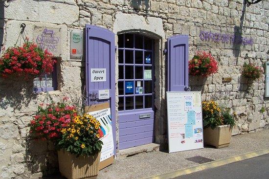 Montcuq en Quercy Blanc, ฝรั่งเศส: Office de Tourisme à Montcuq