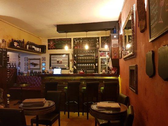 D'vino Wine Bar – fénykép