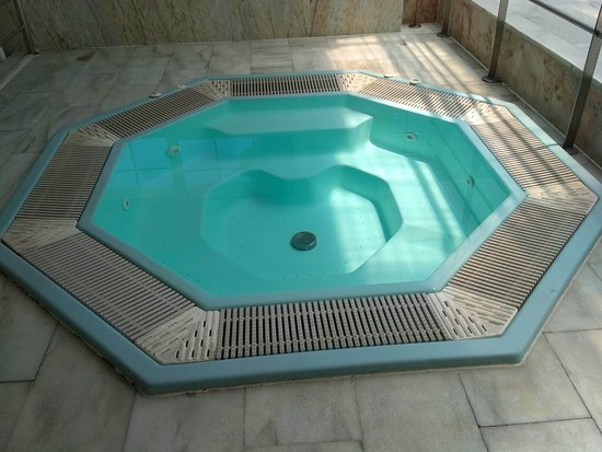Gran Hotel Elba Motril: Jacuzzi gratis, lo usábamos todos los días