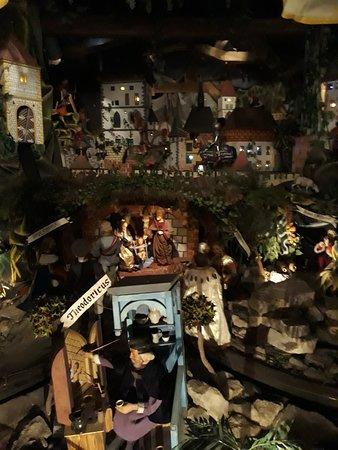 Museum of Nativity Scenes: královský betlém