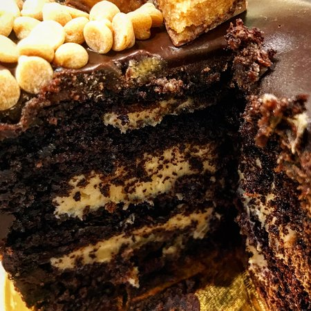 Carmella's: Chocolate Peanut Butter Cake