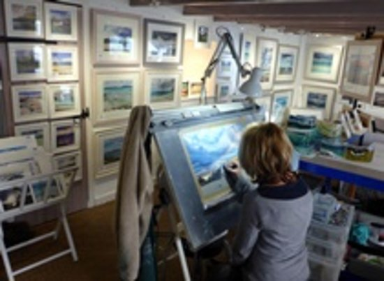 Ballachulish, UK: Come and see the artist at work.