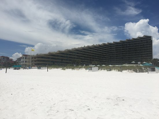 Imagen de Edgewater Beach Condominium