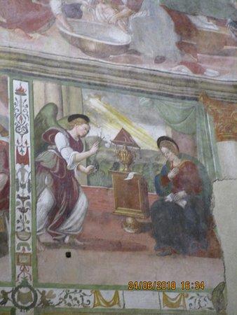 Paganica, Italy: particolare affresco
