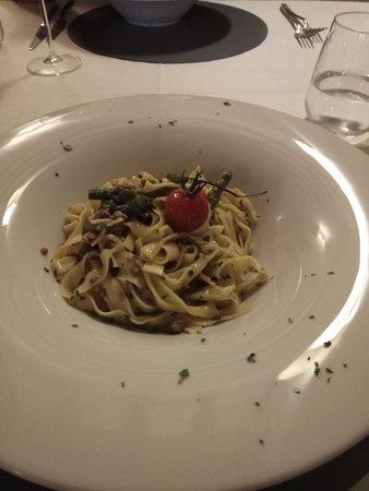 Petrignano d'Assisi, Italien: Pasta con ragù bianco