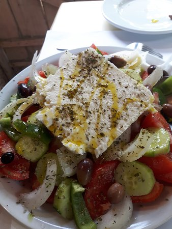 Ampelostrates Stables and Restaurant: Insalata greca