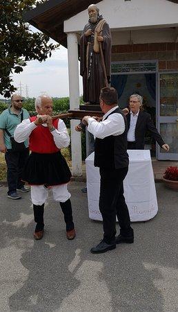 Ristorante del Circolo Su Nuraghe: ìtrasporto statua