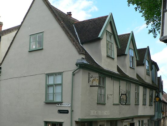 Elm Hill: At top of hill