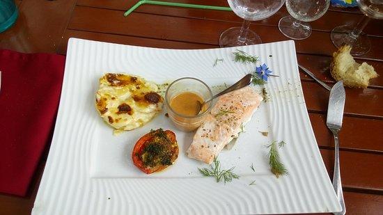 L'Assiette Saltoise: pavé de saumon