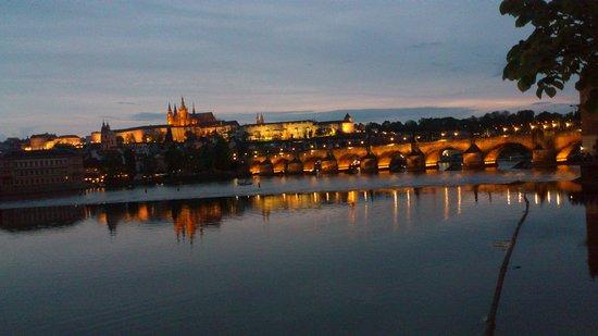 Praha, Tsjekkia: карлов мост