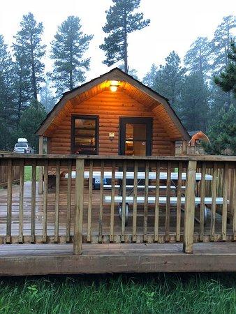 Blue Bell Lodge: Camper Cabin 14
