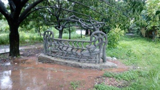 Manipal Lake: Sculpture five